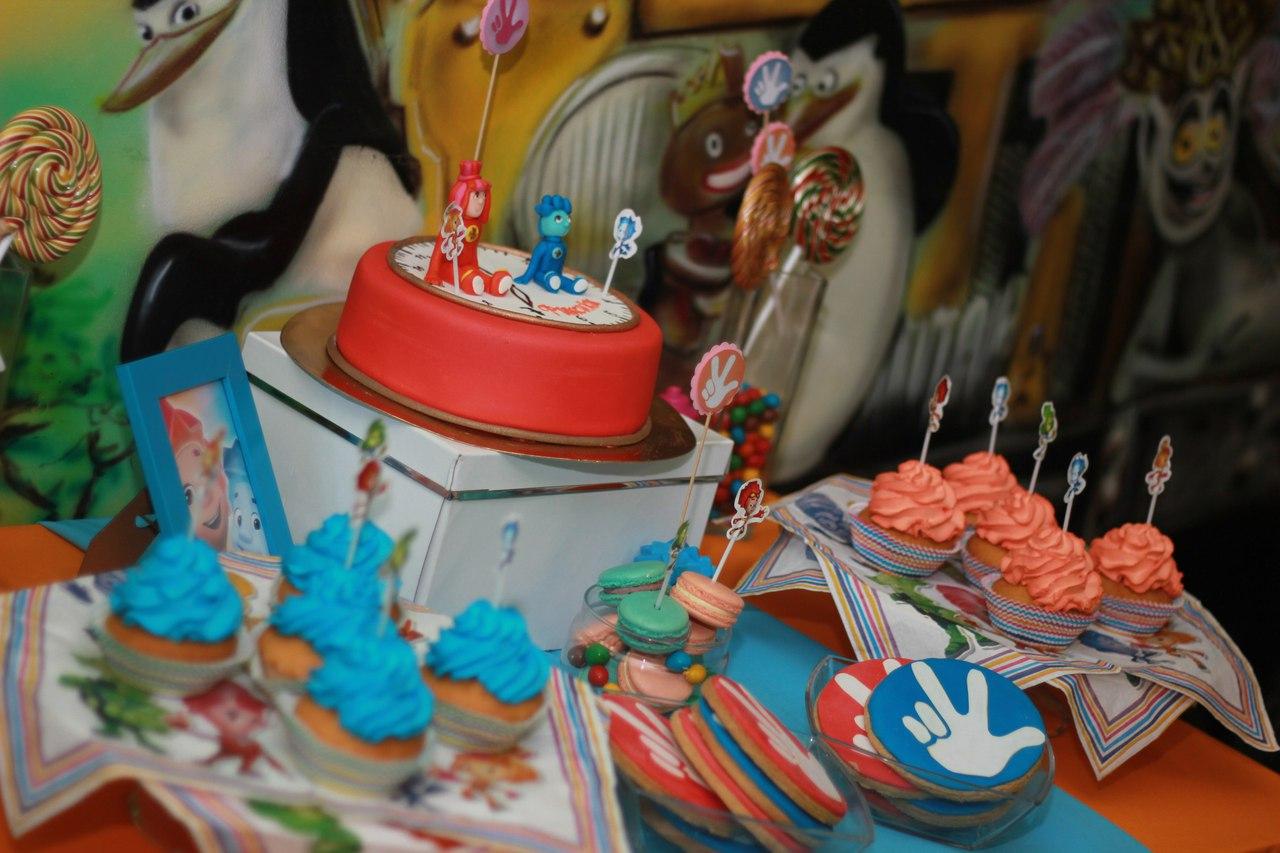 Вкуснейшие  candy bar'a :кап — кейки, кейкпопсы, зефир и мармелад